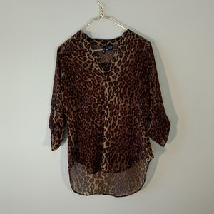 Ultra Flirt sheer leopard top sz M
